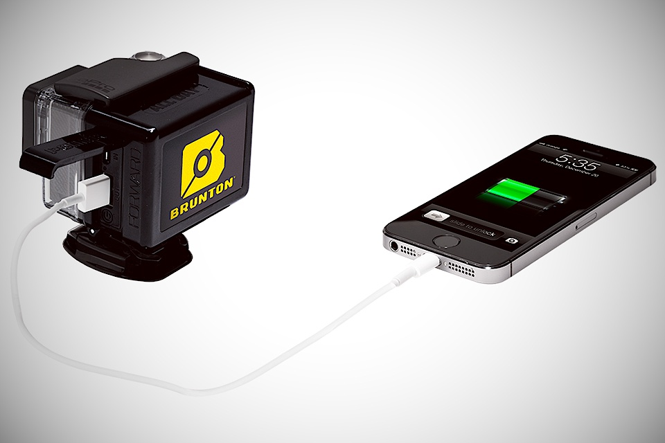 Brunton-All-Day-Portable-Power-Device