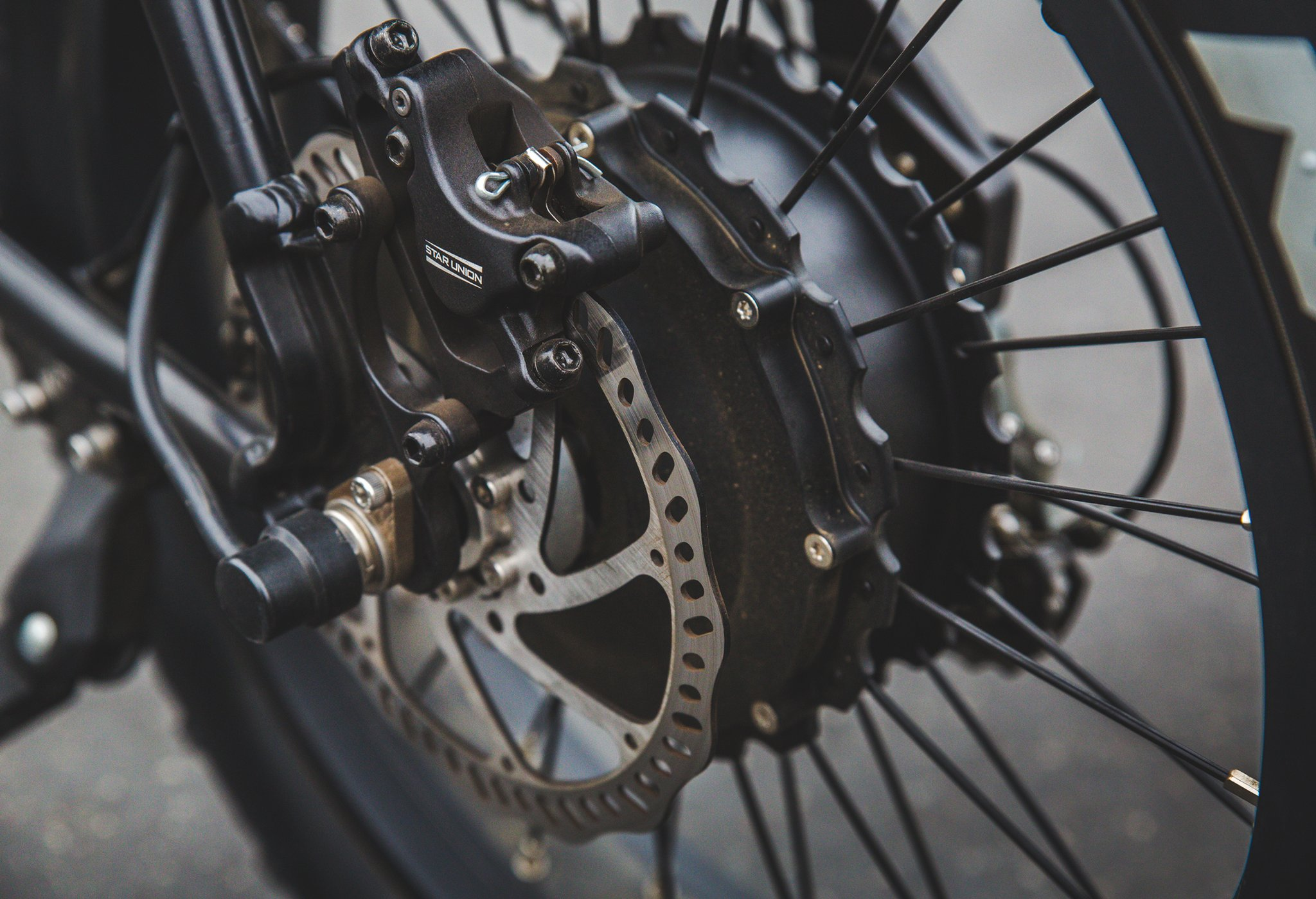 Black juiced scrambler disc brake