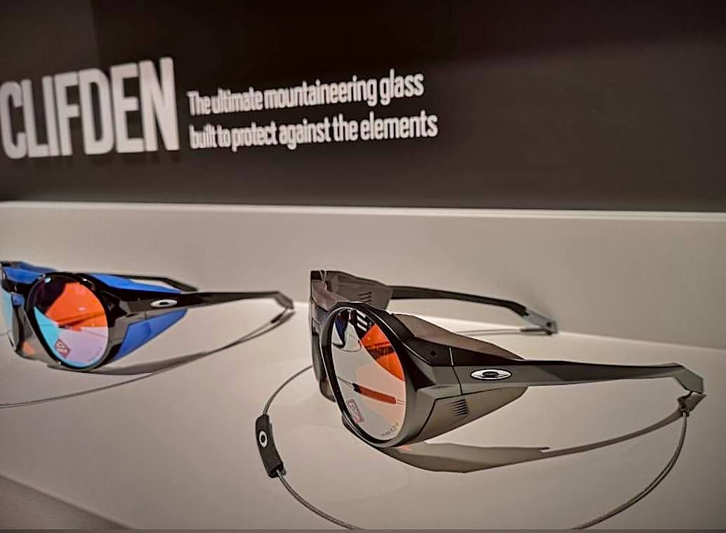 oakley sunglasses for mountaineering